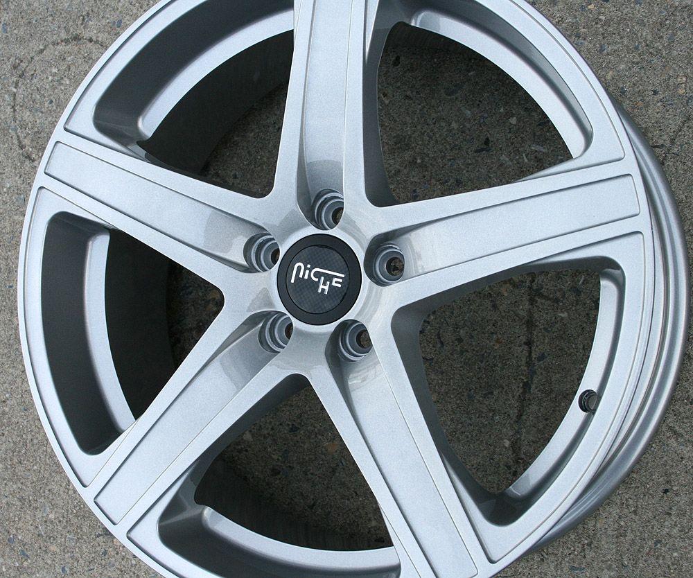 Niche Euro M101 20 Silver Rims Wheels Infiniti Q45 90 06 20 x 8 5 5H